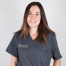 Dra. Angela Rico